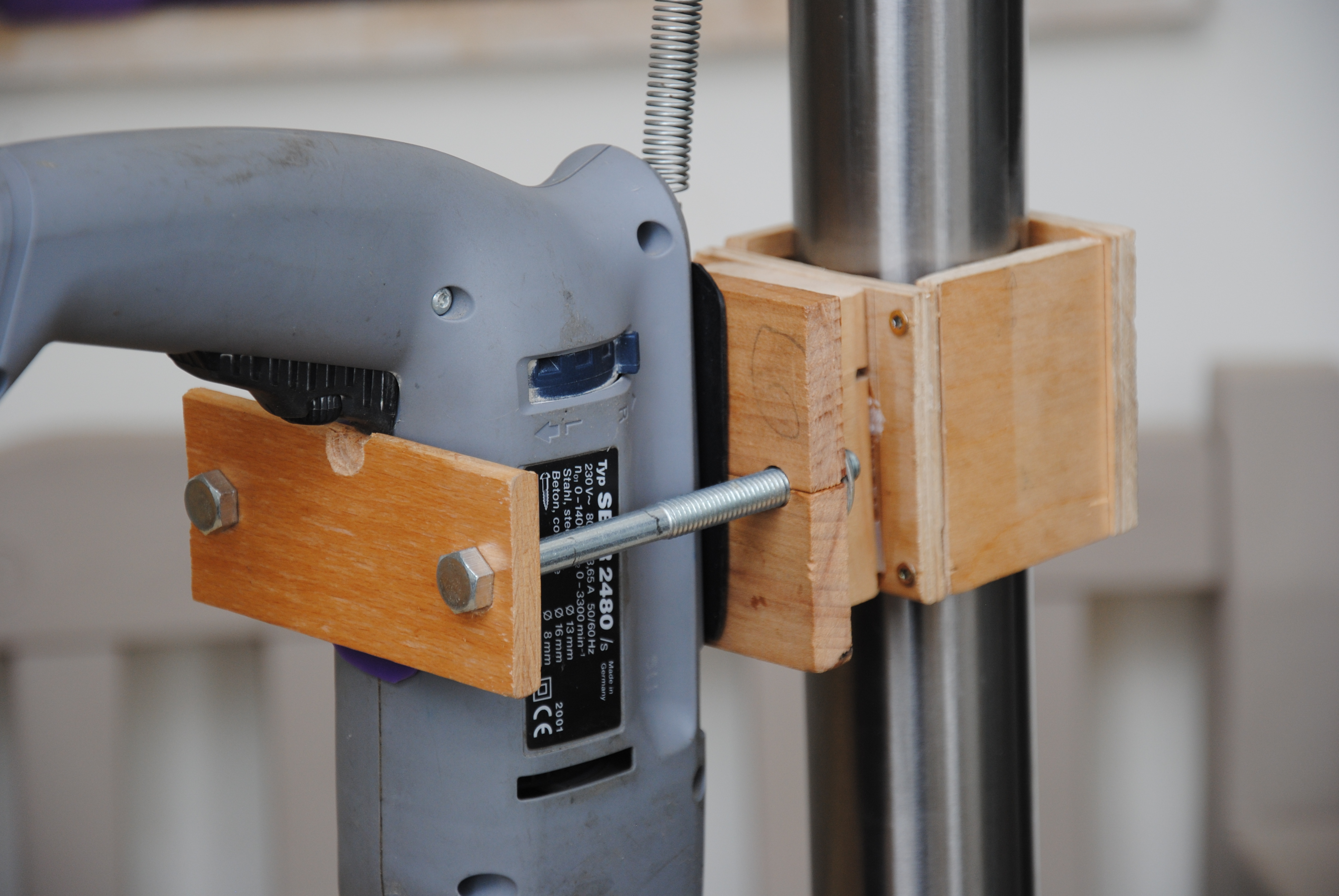 how to build a can crusher out of wood