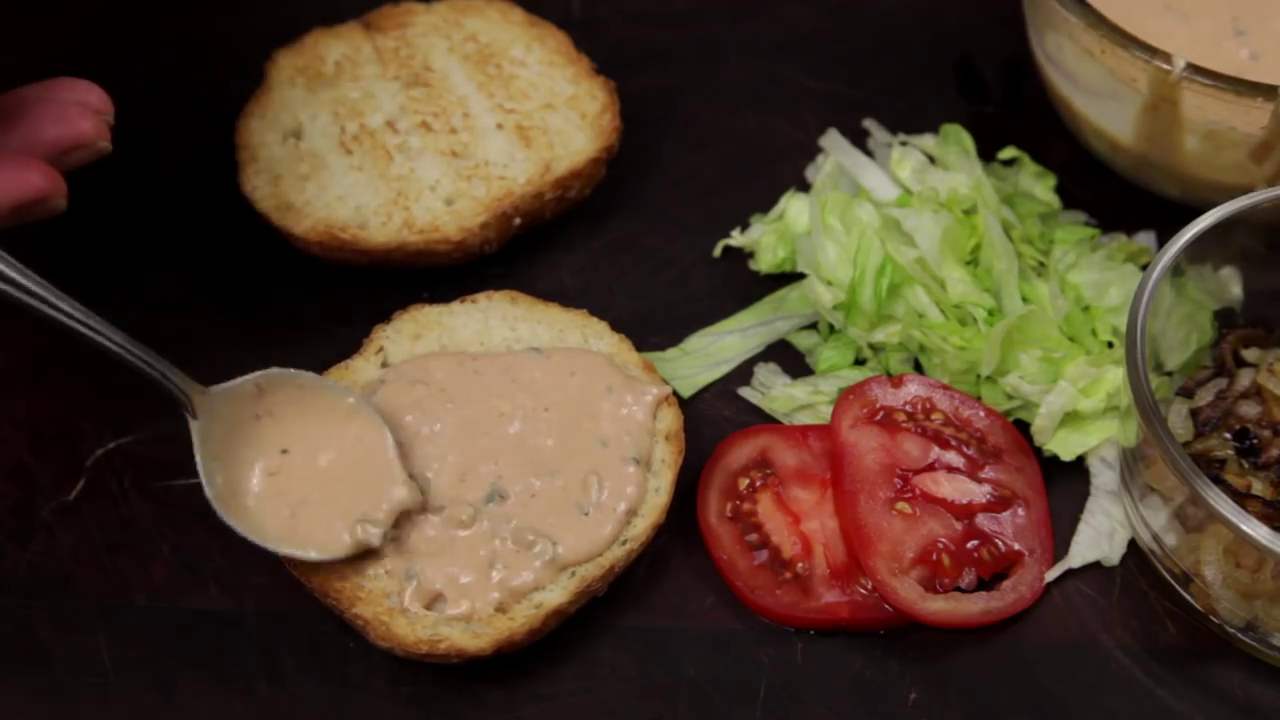 Picture of How to Make In-N-Out Burger Sauce