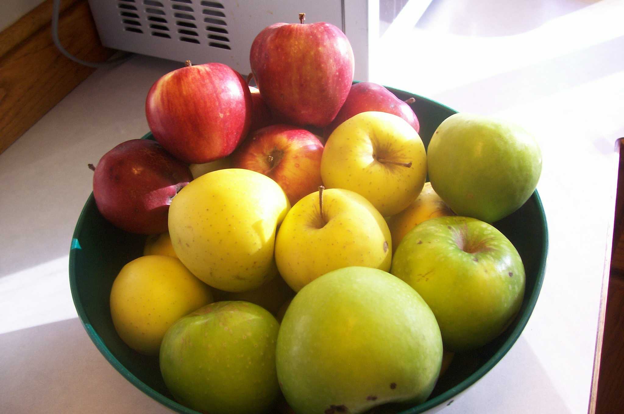 Picture of How to Make Home Made Applesauce