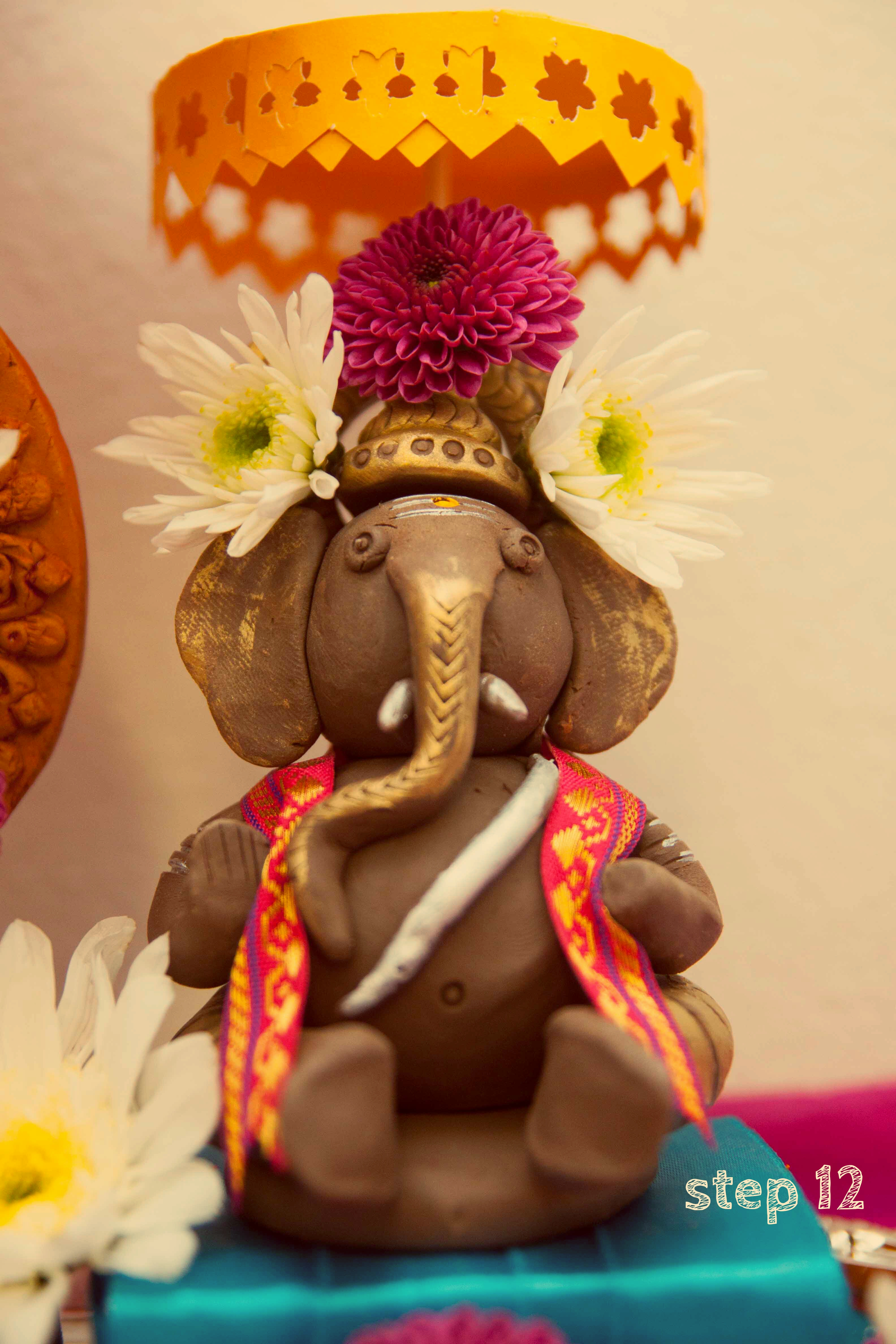Picture of CUTE LITTLE BAL GANESH AT HOME