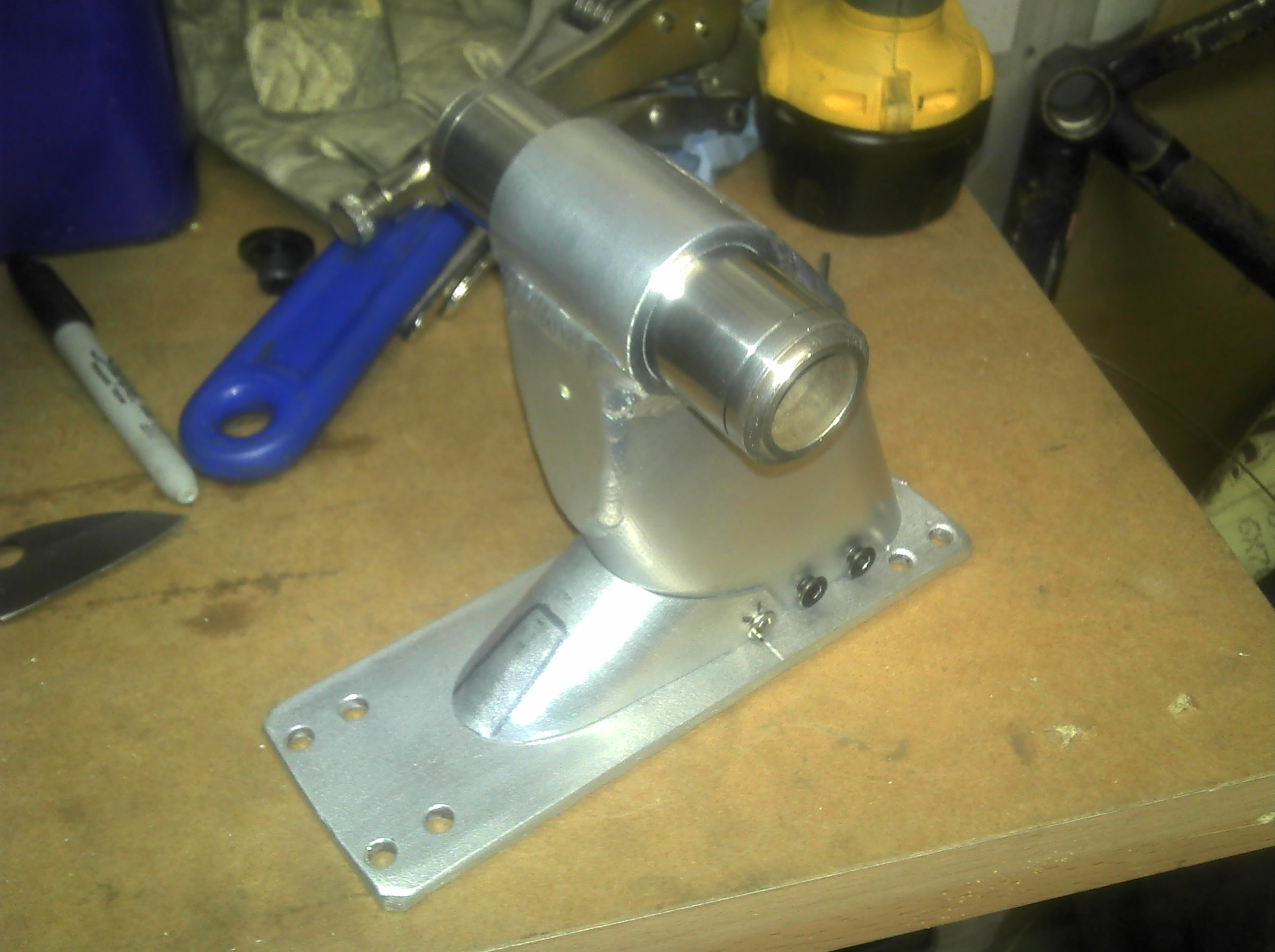 Picture of Finishing the Front Mount, Adding 'stabilising Spring'