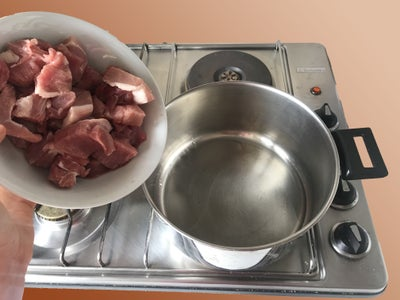 Frying the Meat