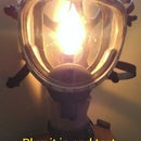 Reuse old firefighting equipment to make a lamp.