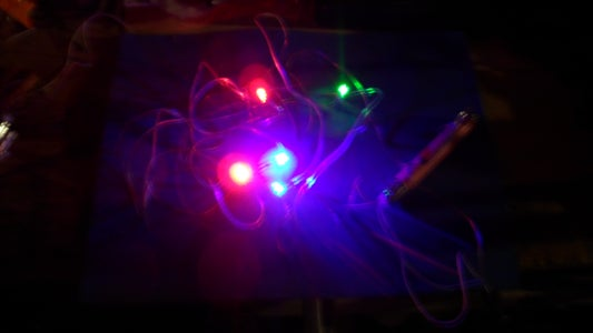 Teach Your Duck to Make LED Circuits !