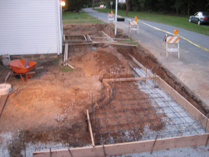 Picture of Frame and Rebar for Footers