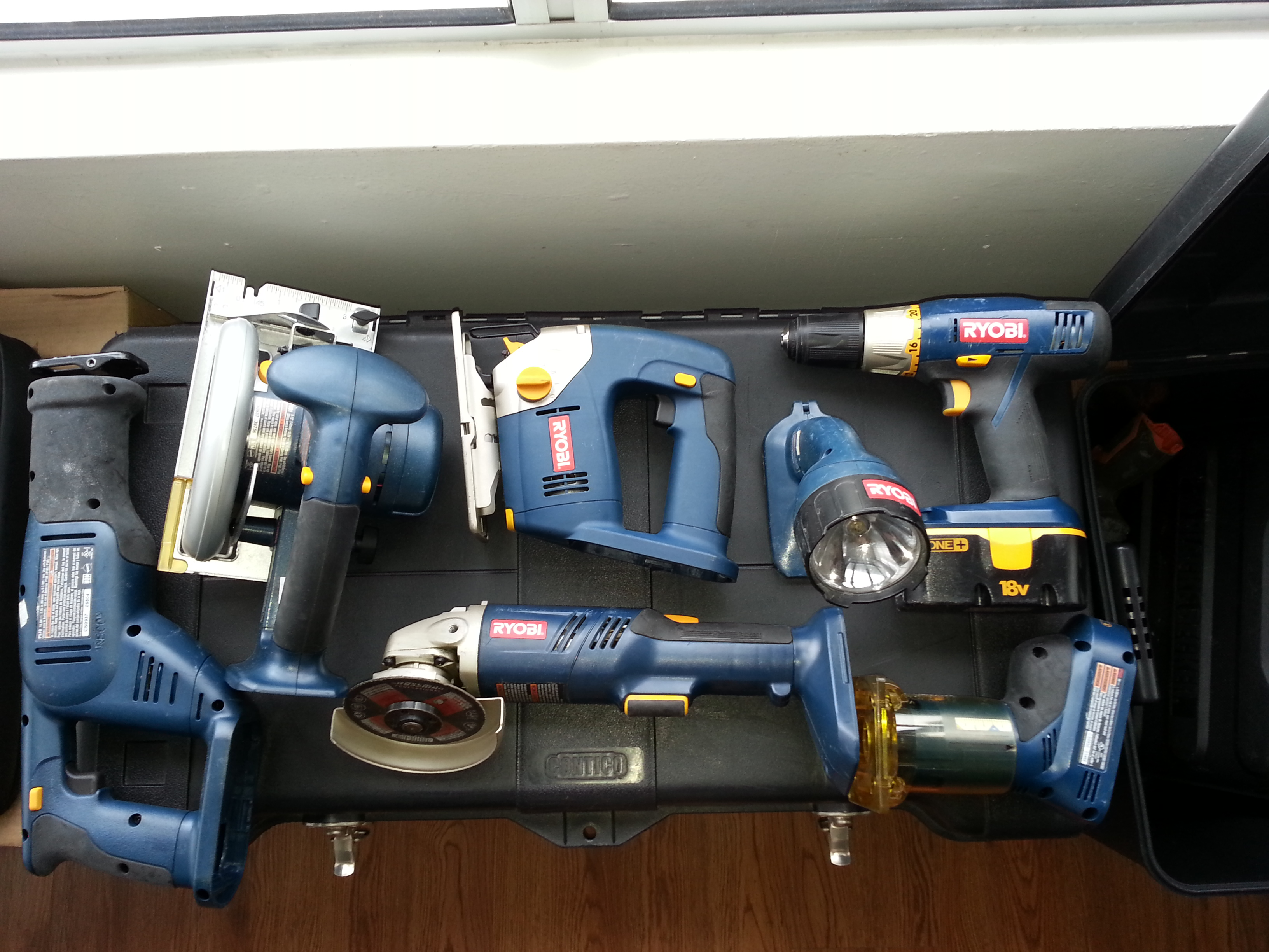 Picture of Cordless Power Tool Conversion 18VDC to 120/240VAC