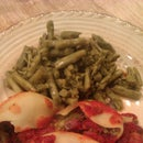 Asparagus & Spinach Stuffed Jumbo Pasta Shells/Strawberry meringue