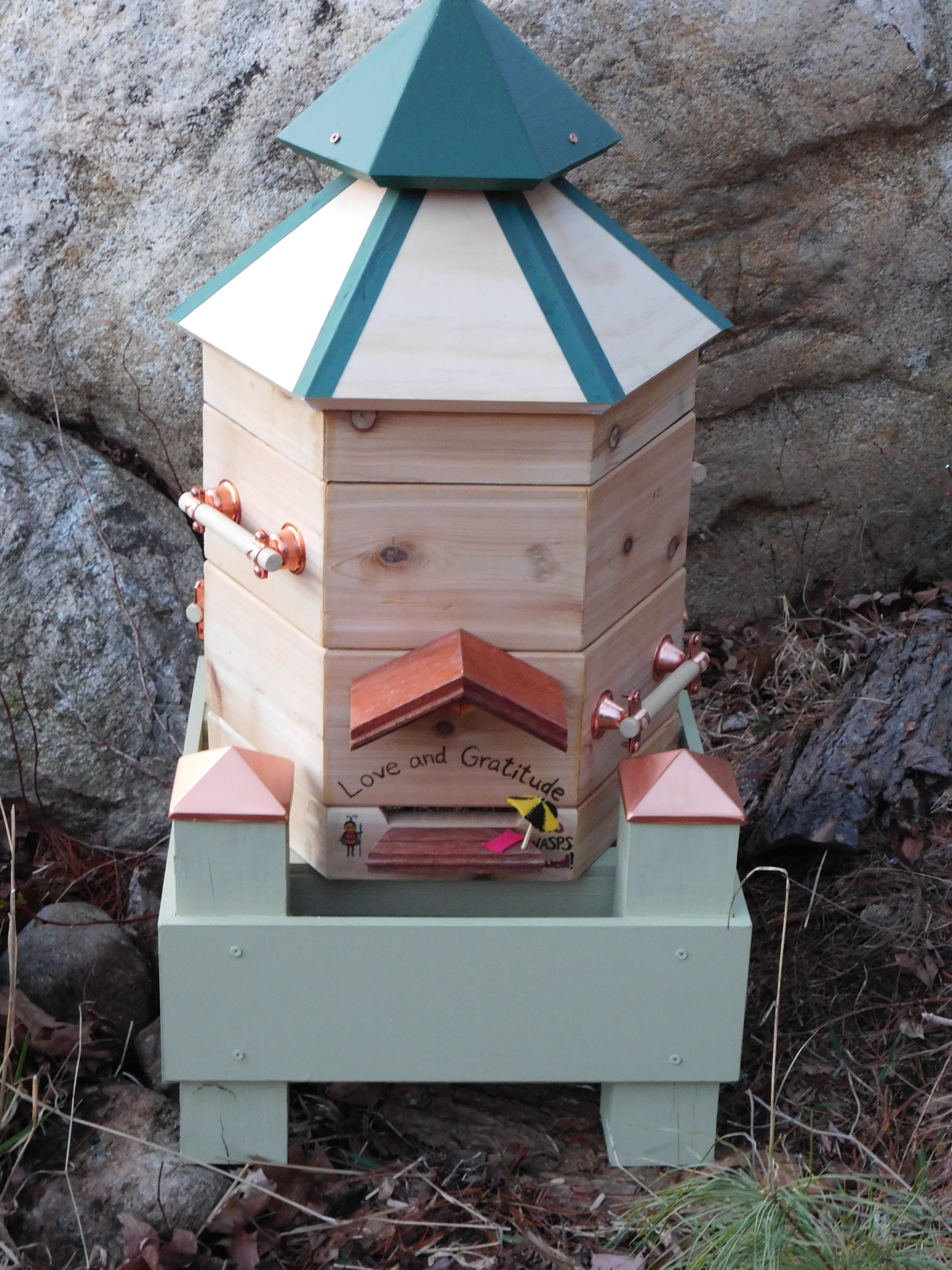 Picture of Hexagonal Beehive Boxes, Warre Style
