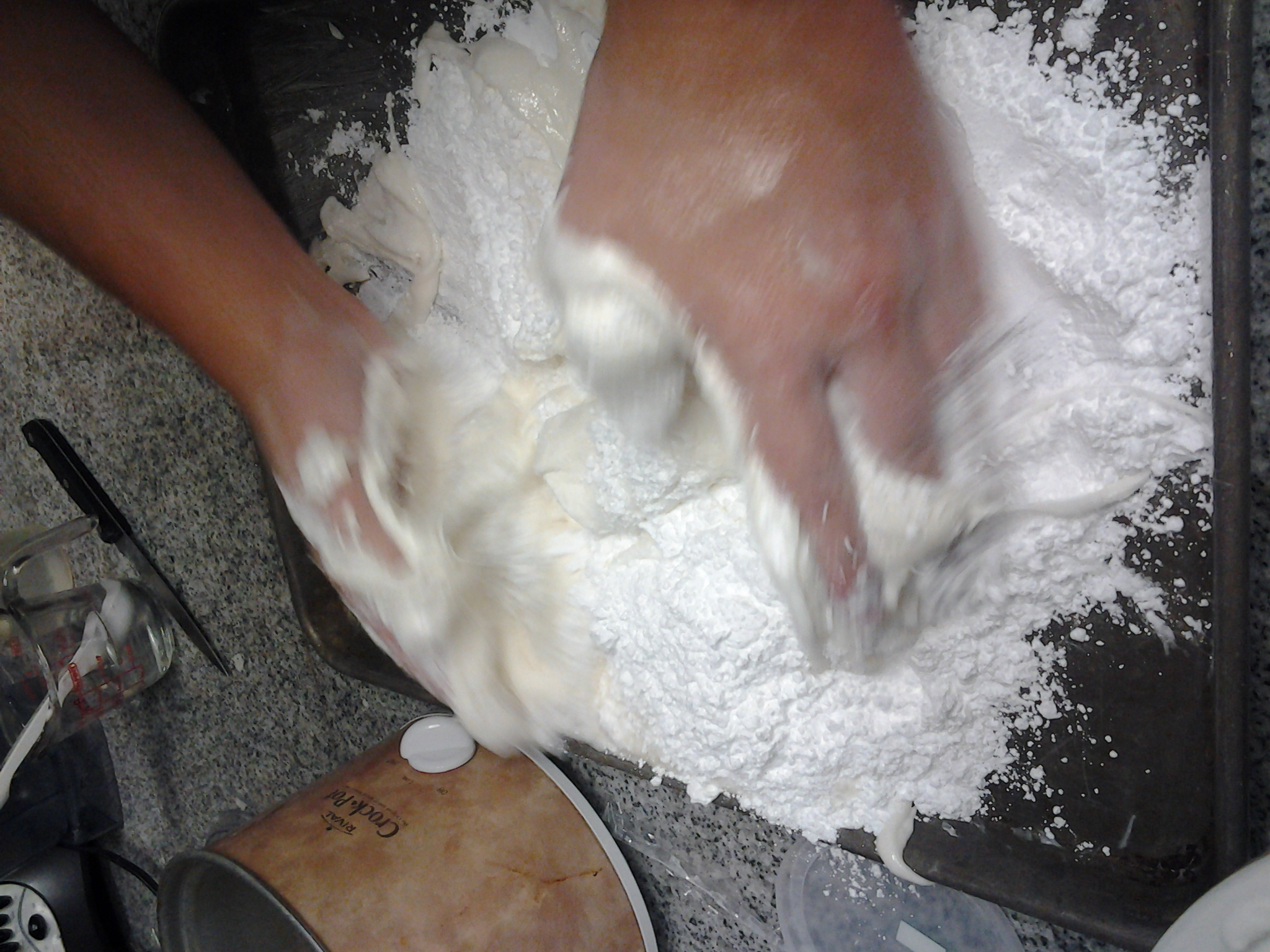 Picture of Make the Fondant