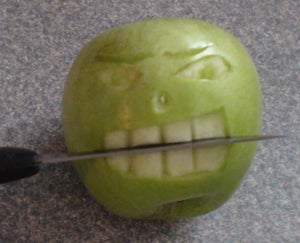 Mad HALLOWEEN APPLE FACE
