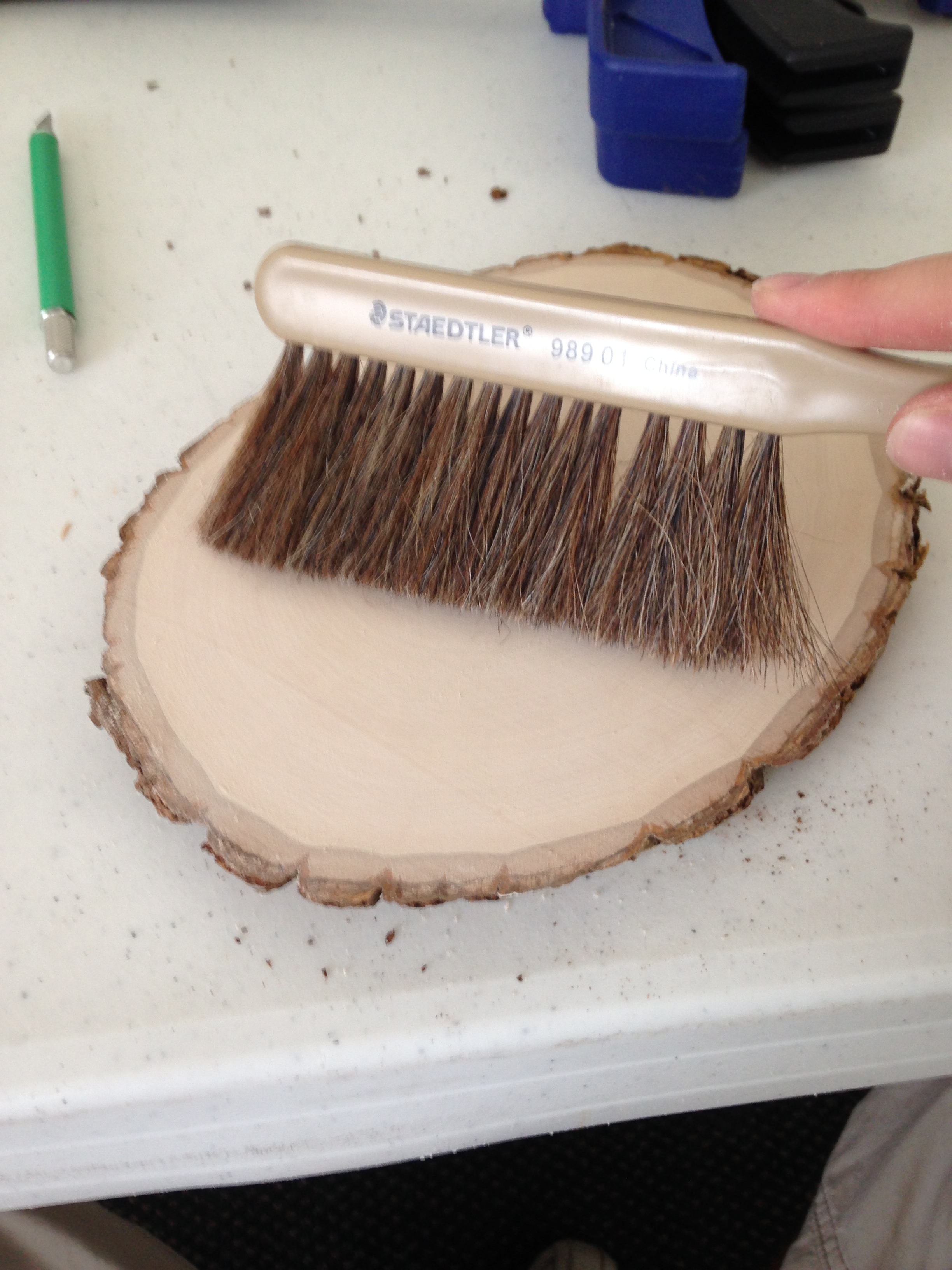 Picture of Brush Off Wood Dust