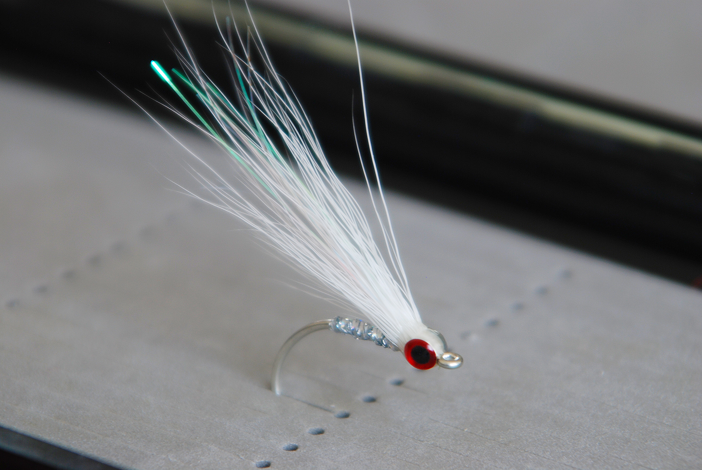 Picture of Buck Tail Glass Minnow