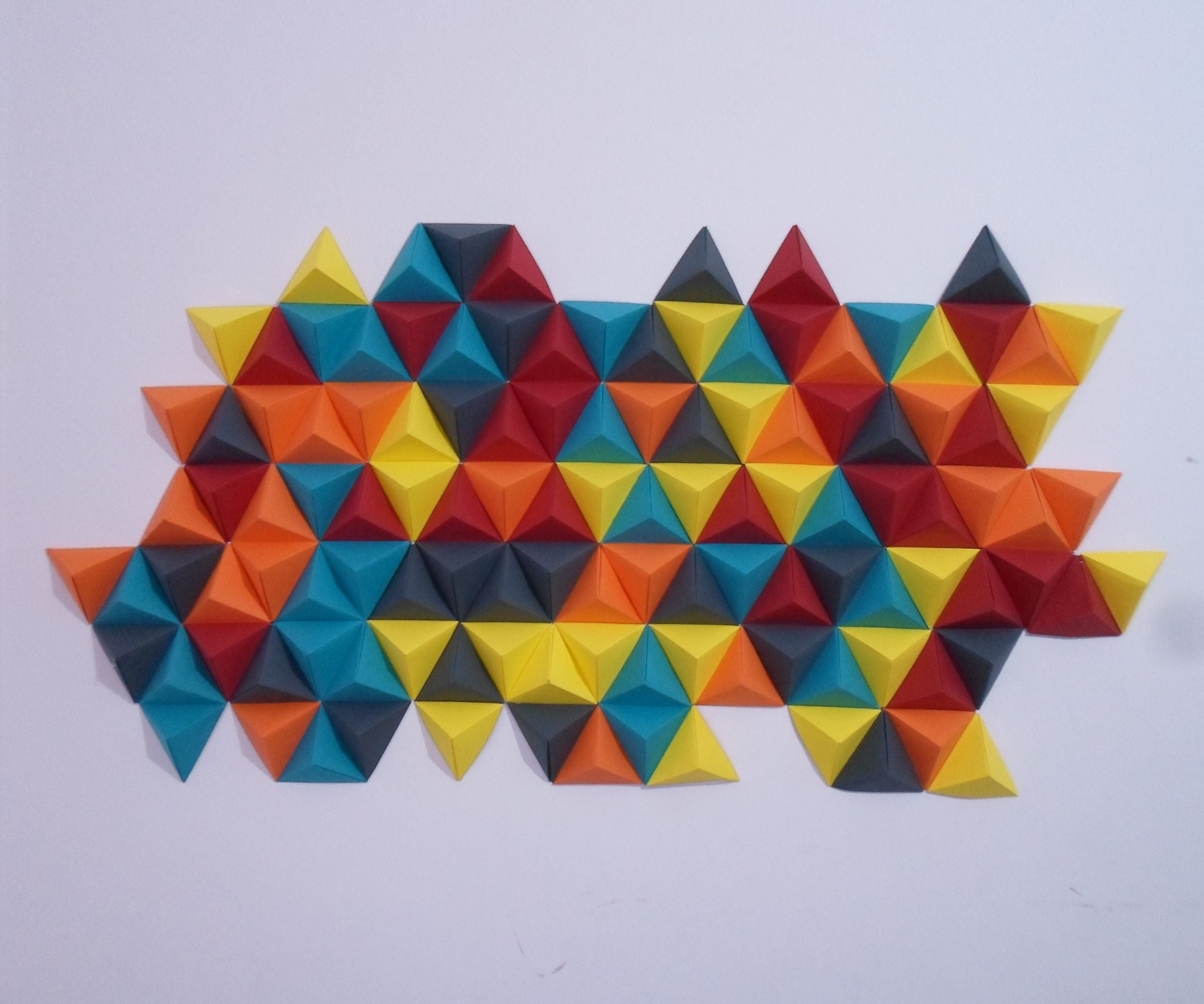 3D Origami Wall Art | Triangle Pixel Art : 6 Steps - Instructables | 1944x2332