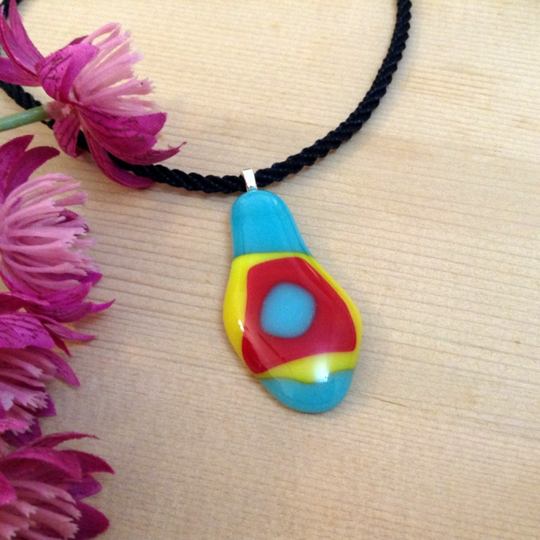 Picture of Make a Fused Glass Pendant at Home