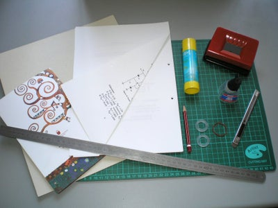 Tools and Materials / Utiles Y Materiales