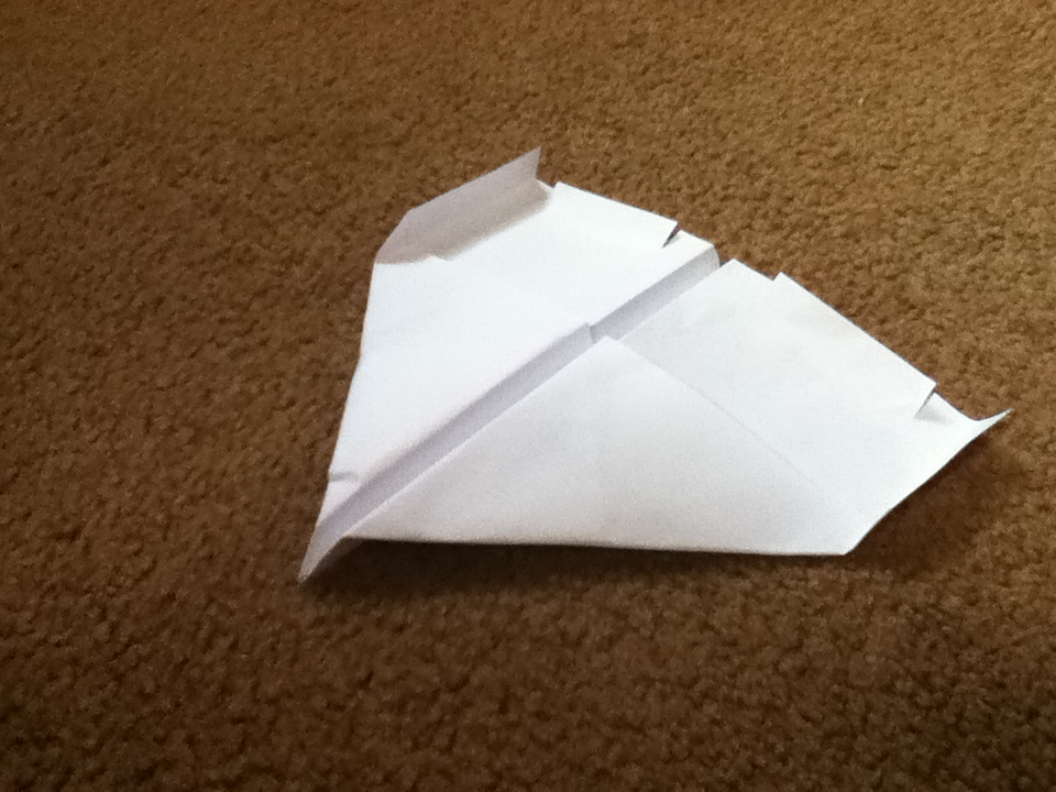 Picture of The Ultimate Paper Airplane Guide!