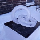 Cast an 'entangled rings' ice sculpture