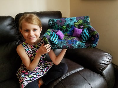 Doll/Pet Couch