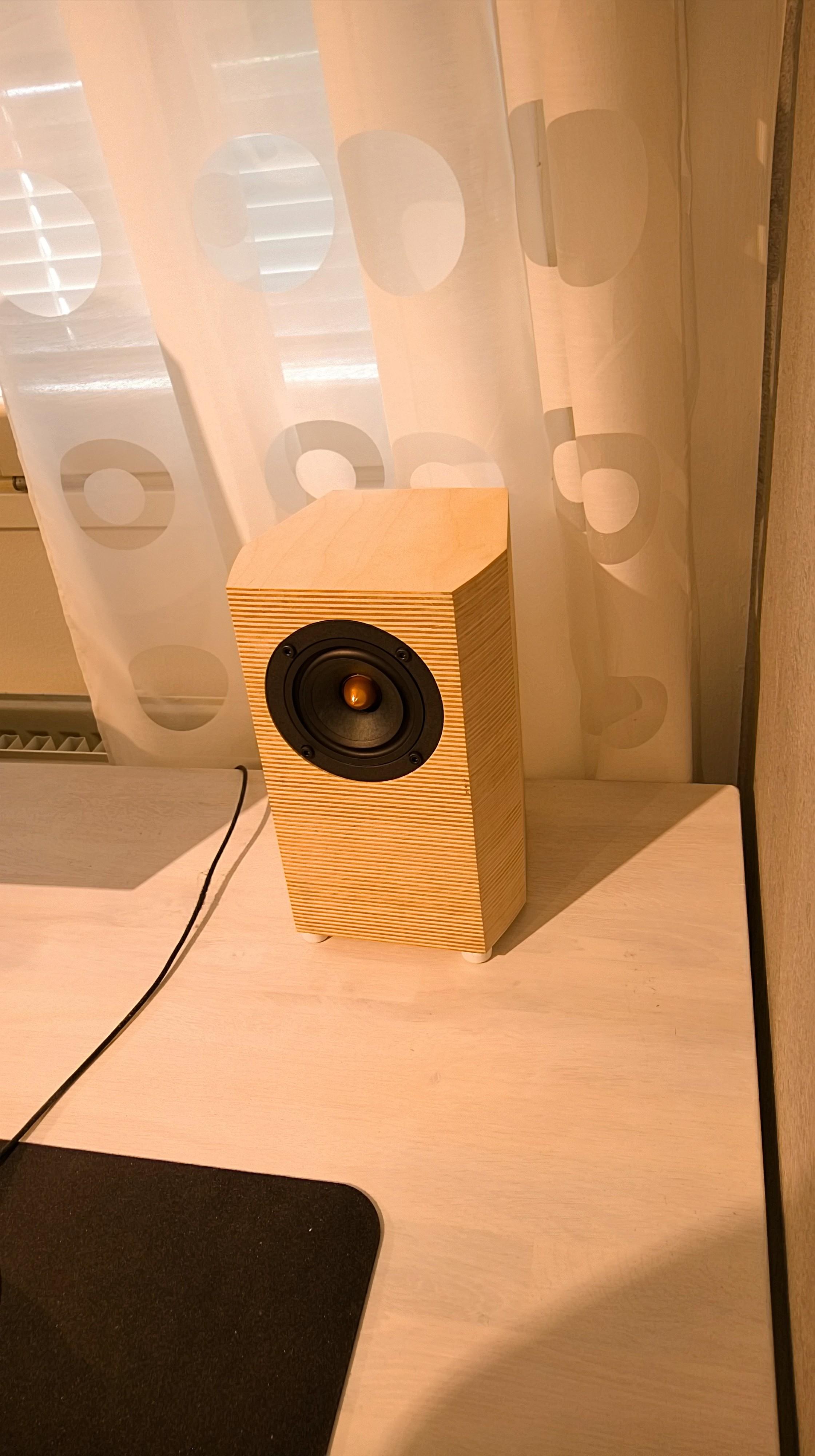 Picture of LK Audio Mini Monitor Speakers (bookshelf)