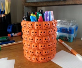 Halloween Pencil Holder in Tinkercad