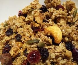 Simple & Healthy Granola