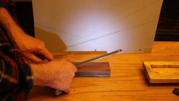 Flashlight Method for Sharpening Knives. Brico, Guide D'affutage. Afilar Cuchillos Con Una Linterna