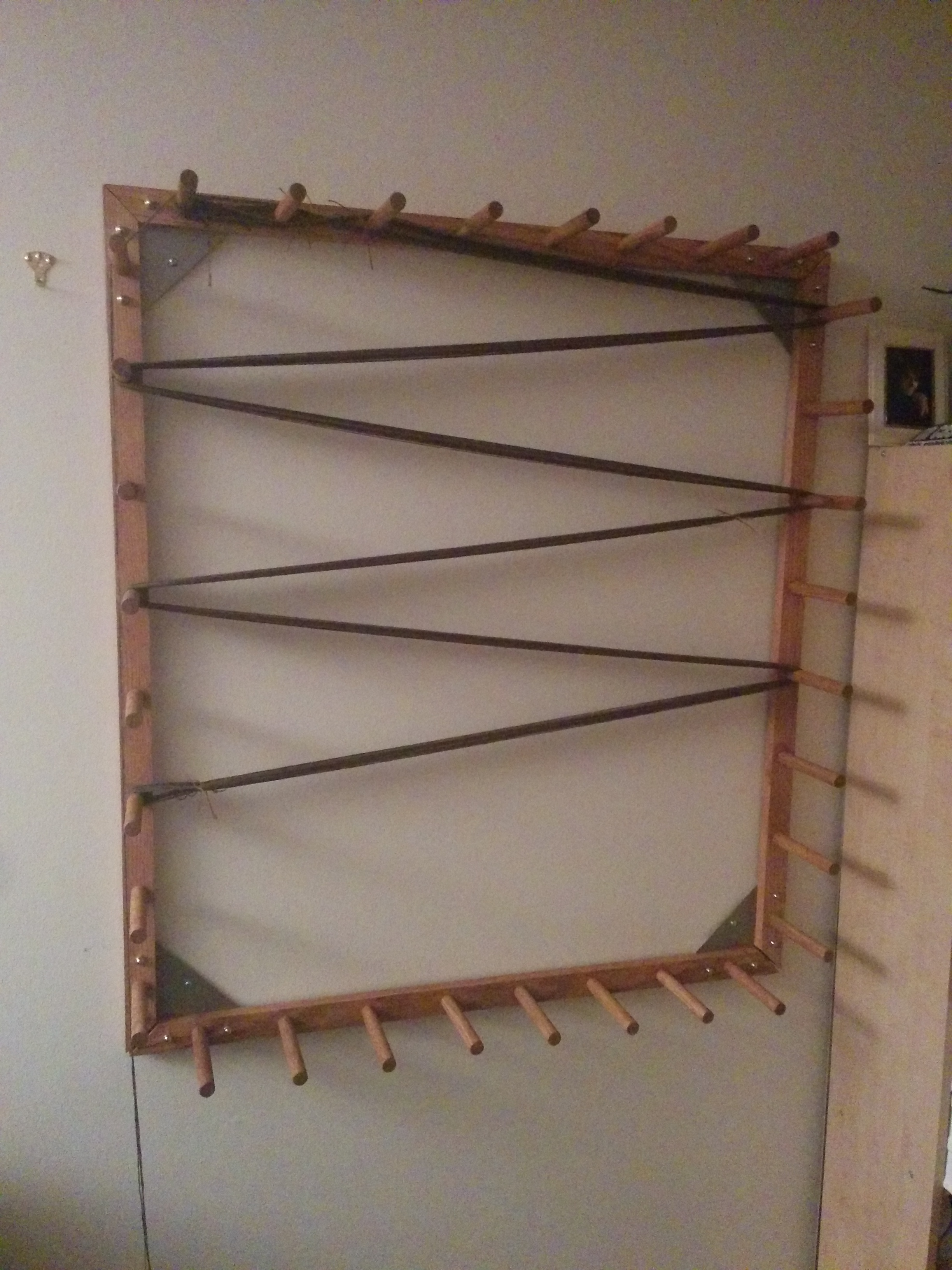 Picture of Warping Board Which Can Measure Both Yards and Meters