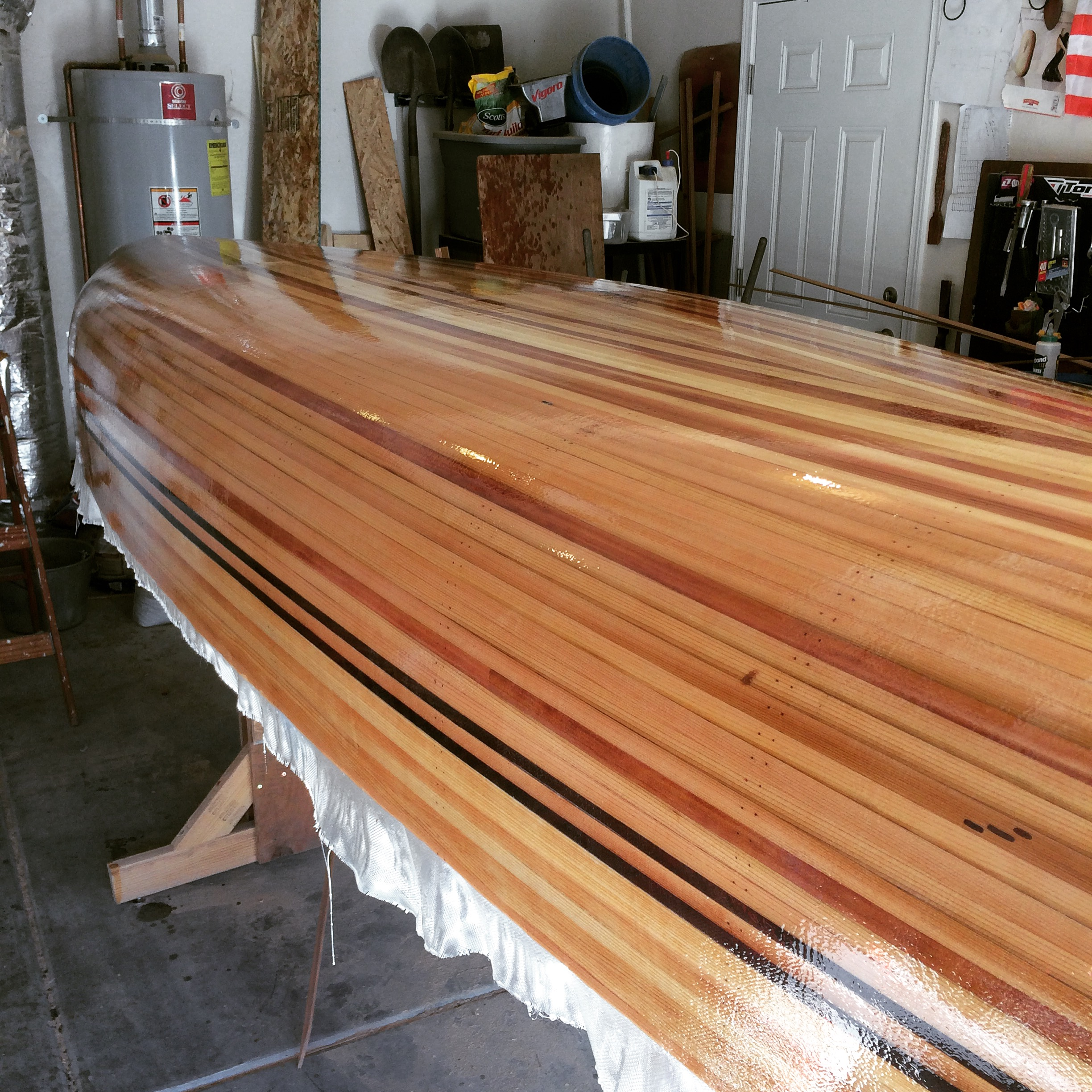 Picture of Fiberglassing the Hull
