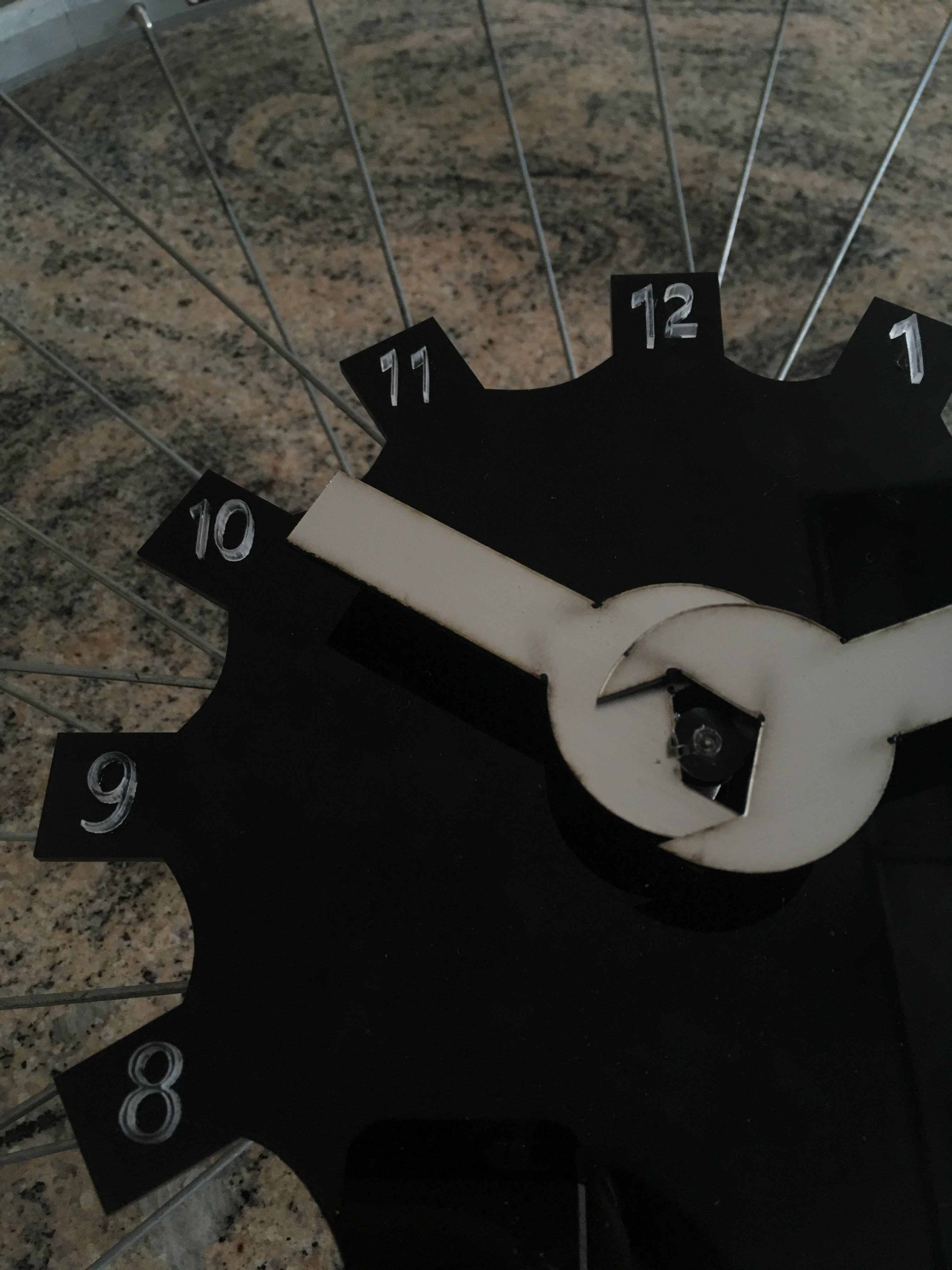 Picture of Gluing the Clock Hands