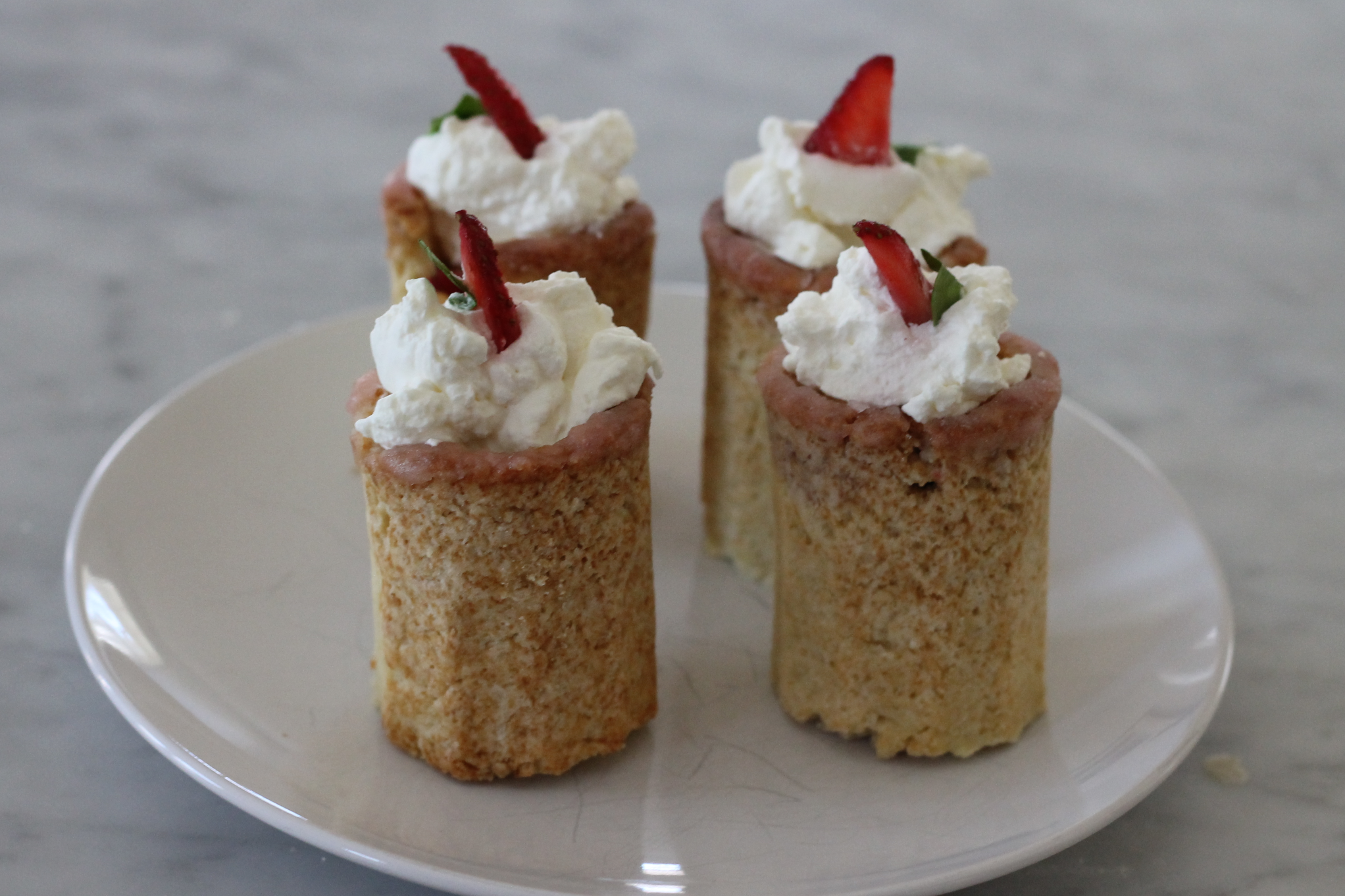 Picture of Strawberry Shot Cake