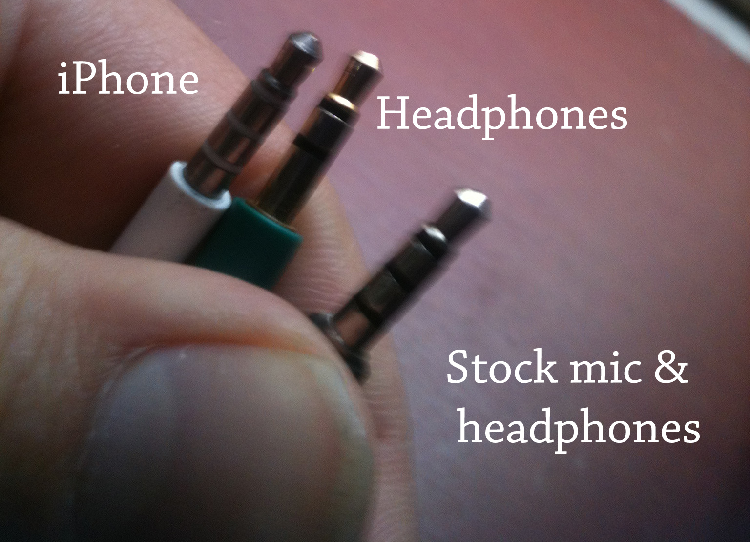 Picture of Buy / build a headphone and microphone single jack headset?