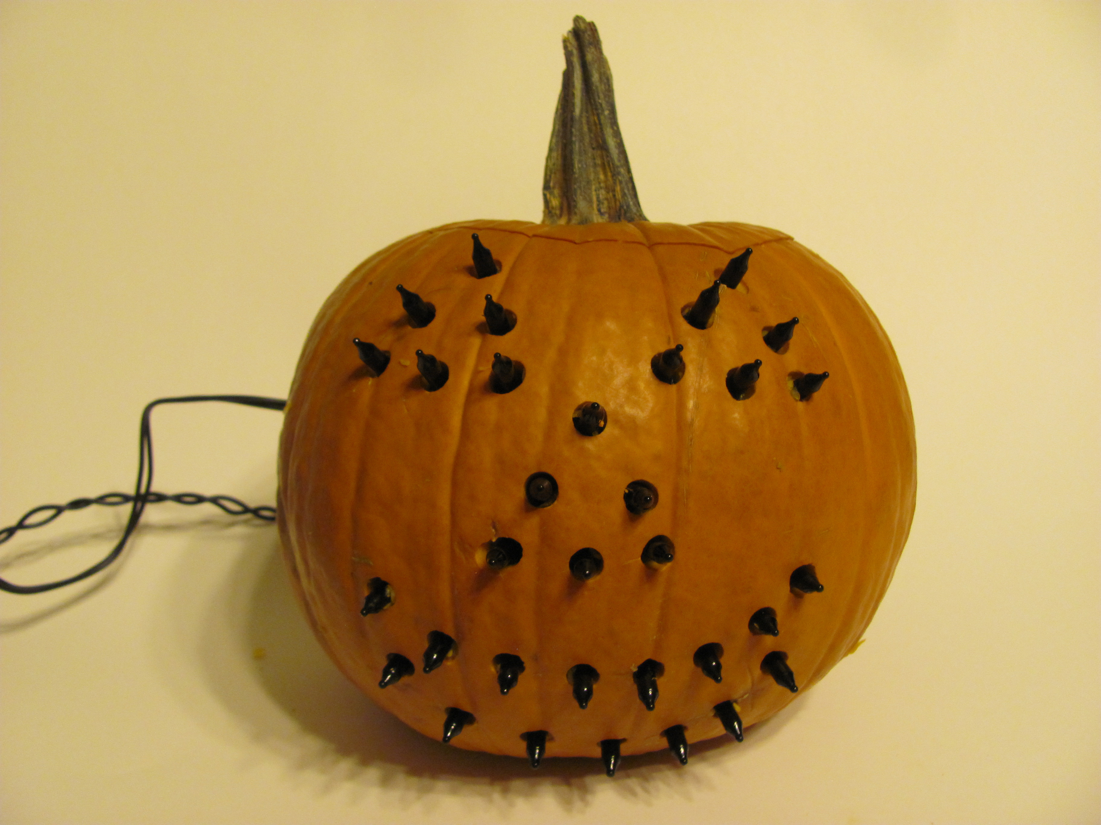 Picture of Wire Up Your Electric Jack-o'-lantern
