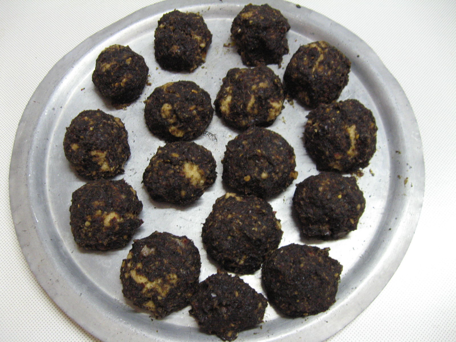 Picture of How to Make Sun-dried Spicy Onion Balls