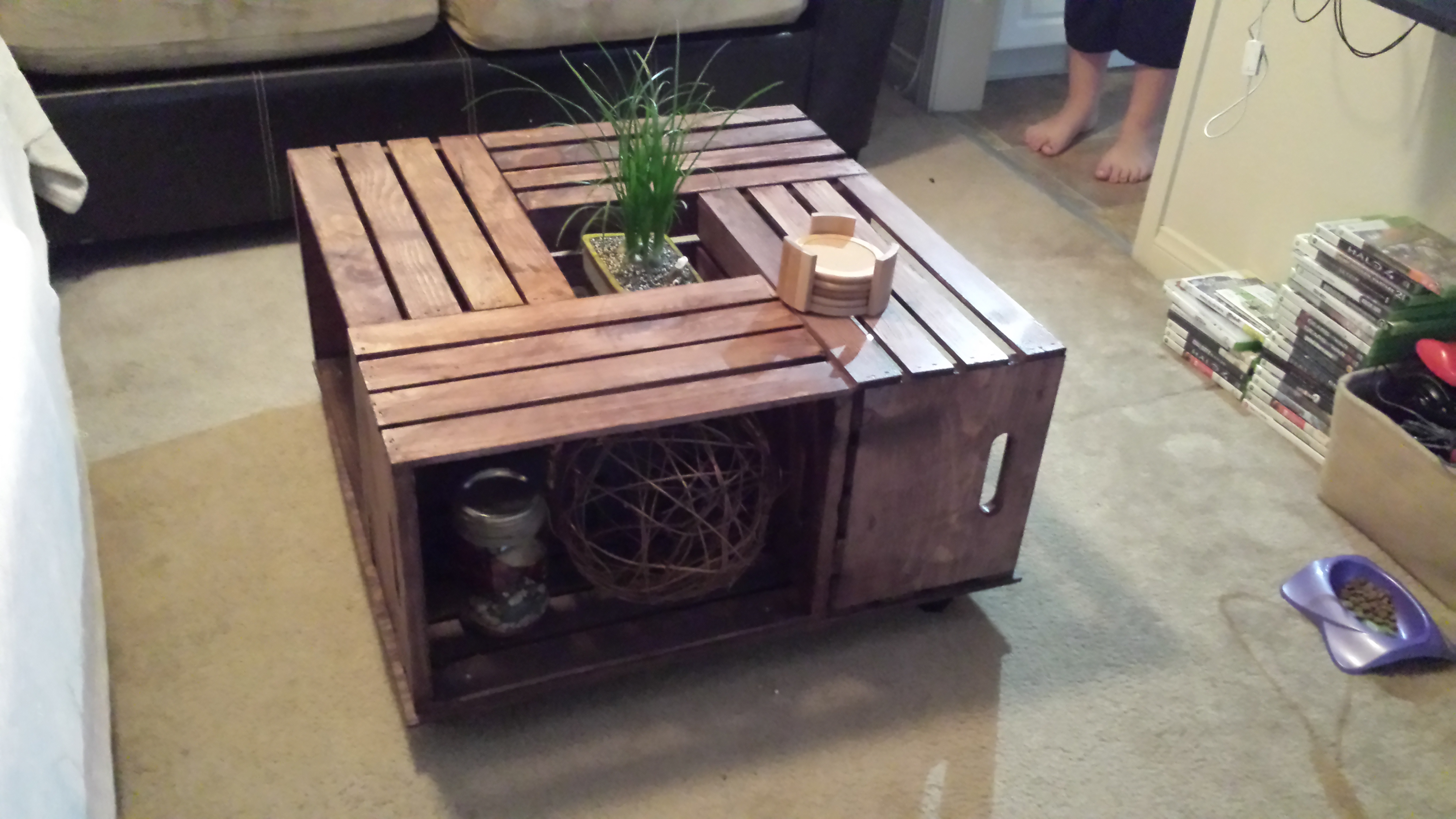 Crate coffee table 6 steps picture of crate coffee table solutioingenieria Choice Image