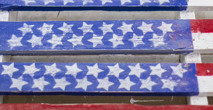 Picture of Distressing Your Pallet Flag