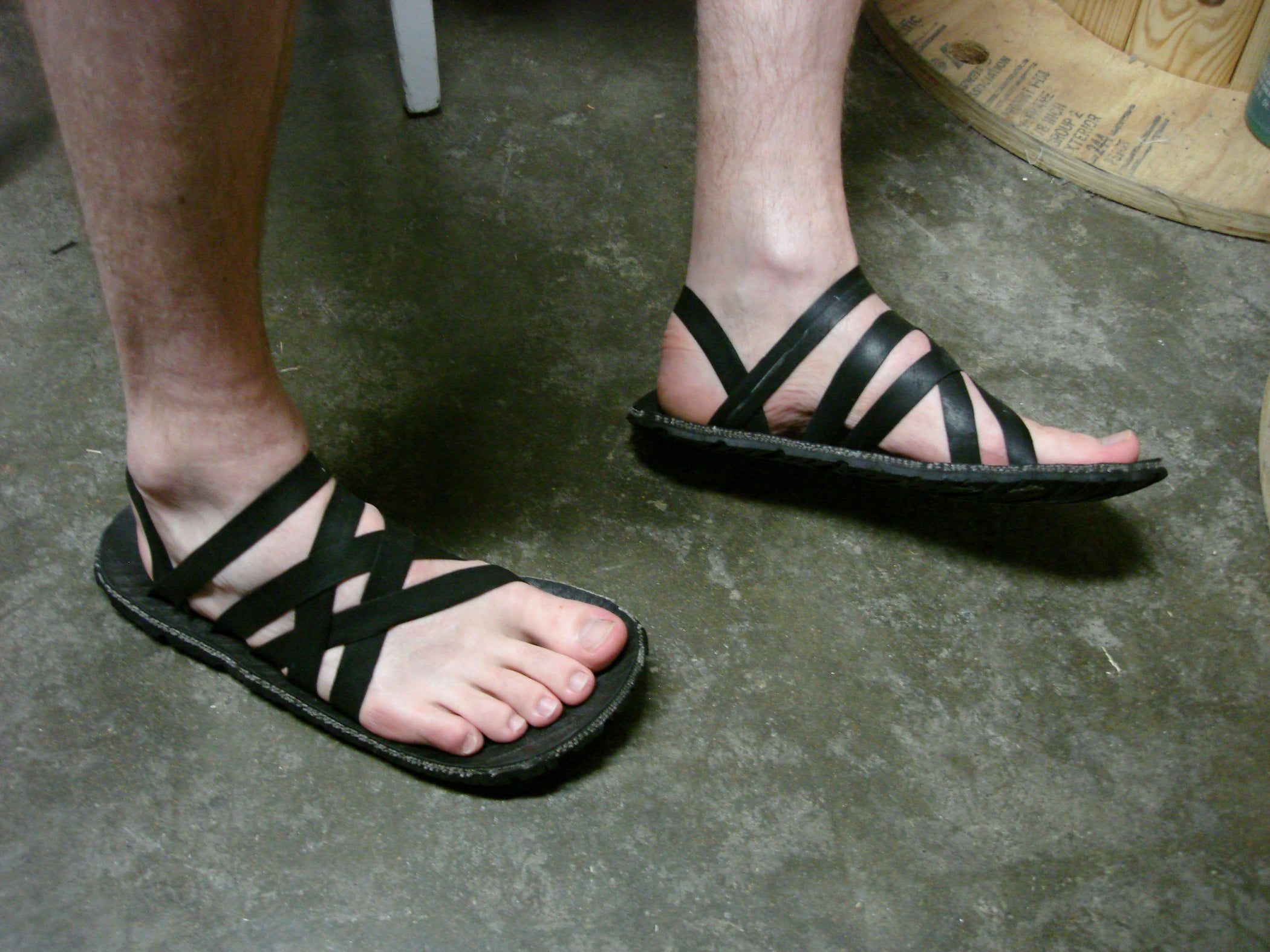 a9b46385fa52 Tire Sandals  a Guide to Comfy Hand-crafted Footwear.  11 Steps ...