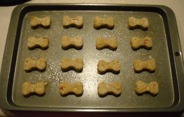 How to Make Healthy Homemade Apple Cinnamon Dog Treats