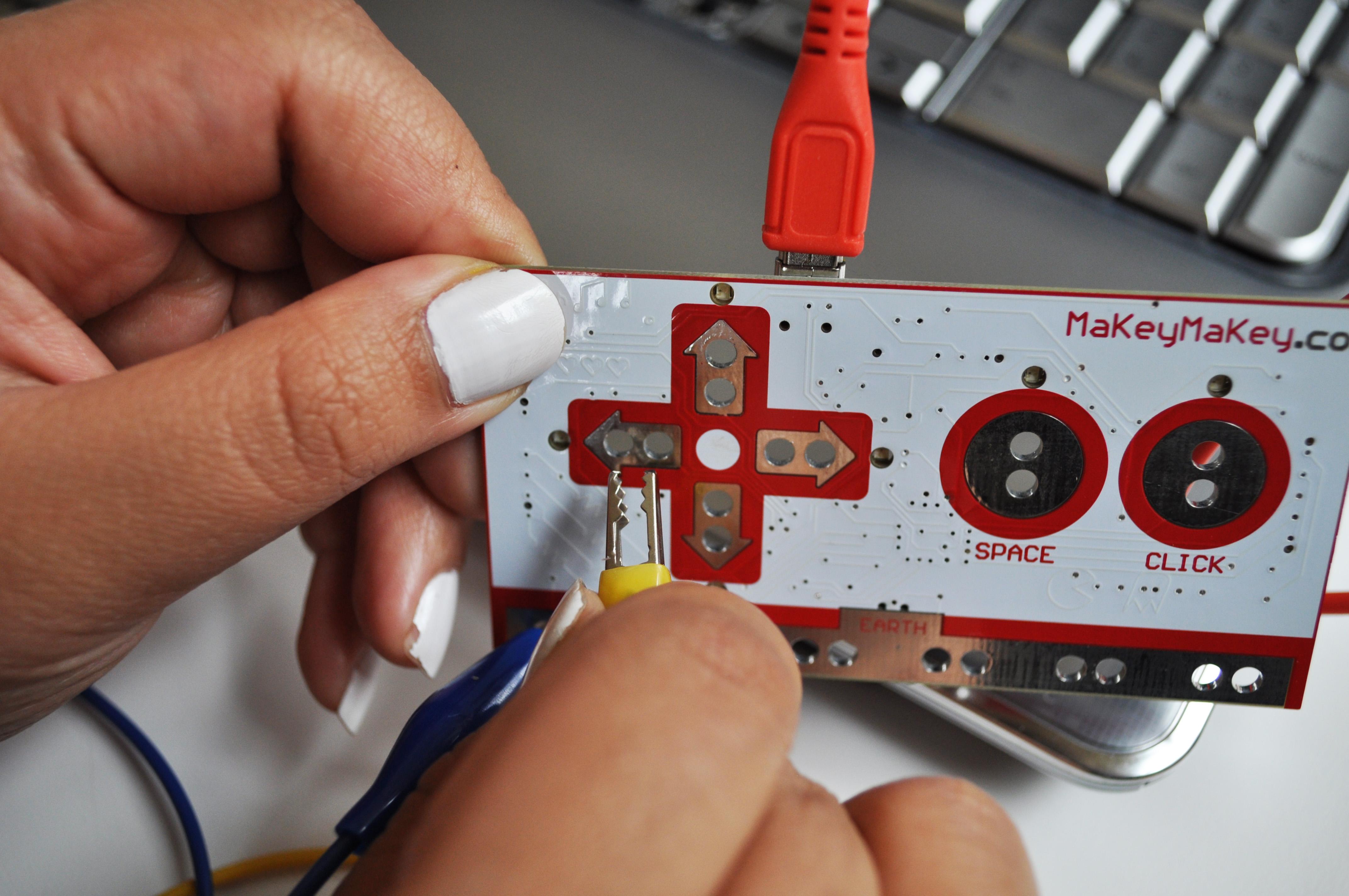 Picture of Making Connections / Verbindingen Maken