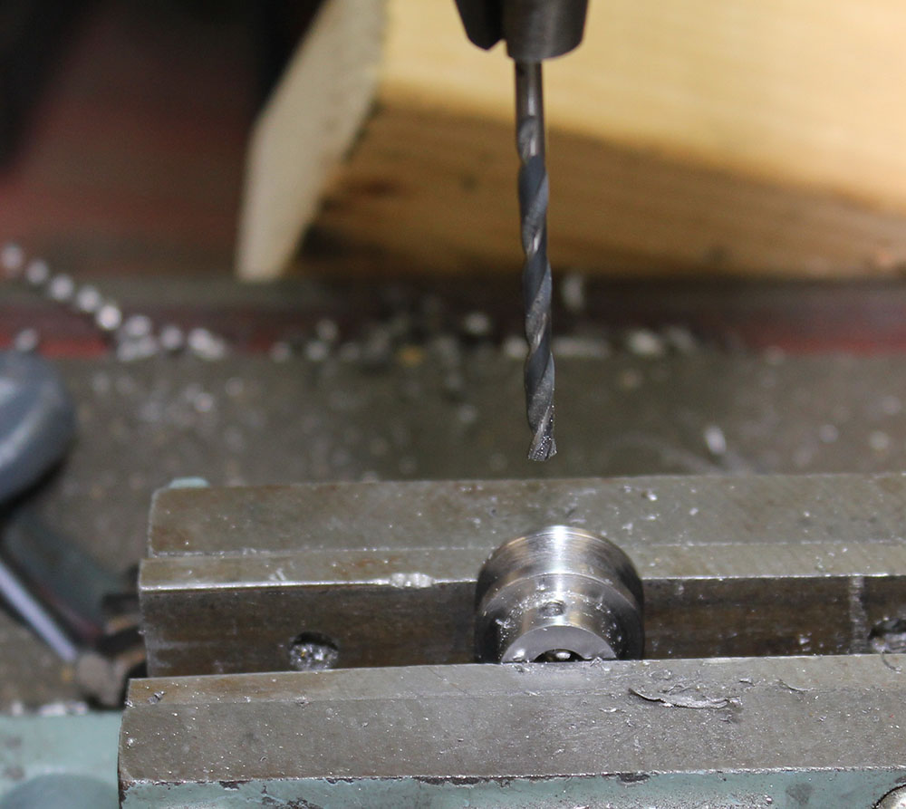 Picture of Drill Set Screw Hole for Threading