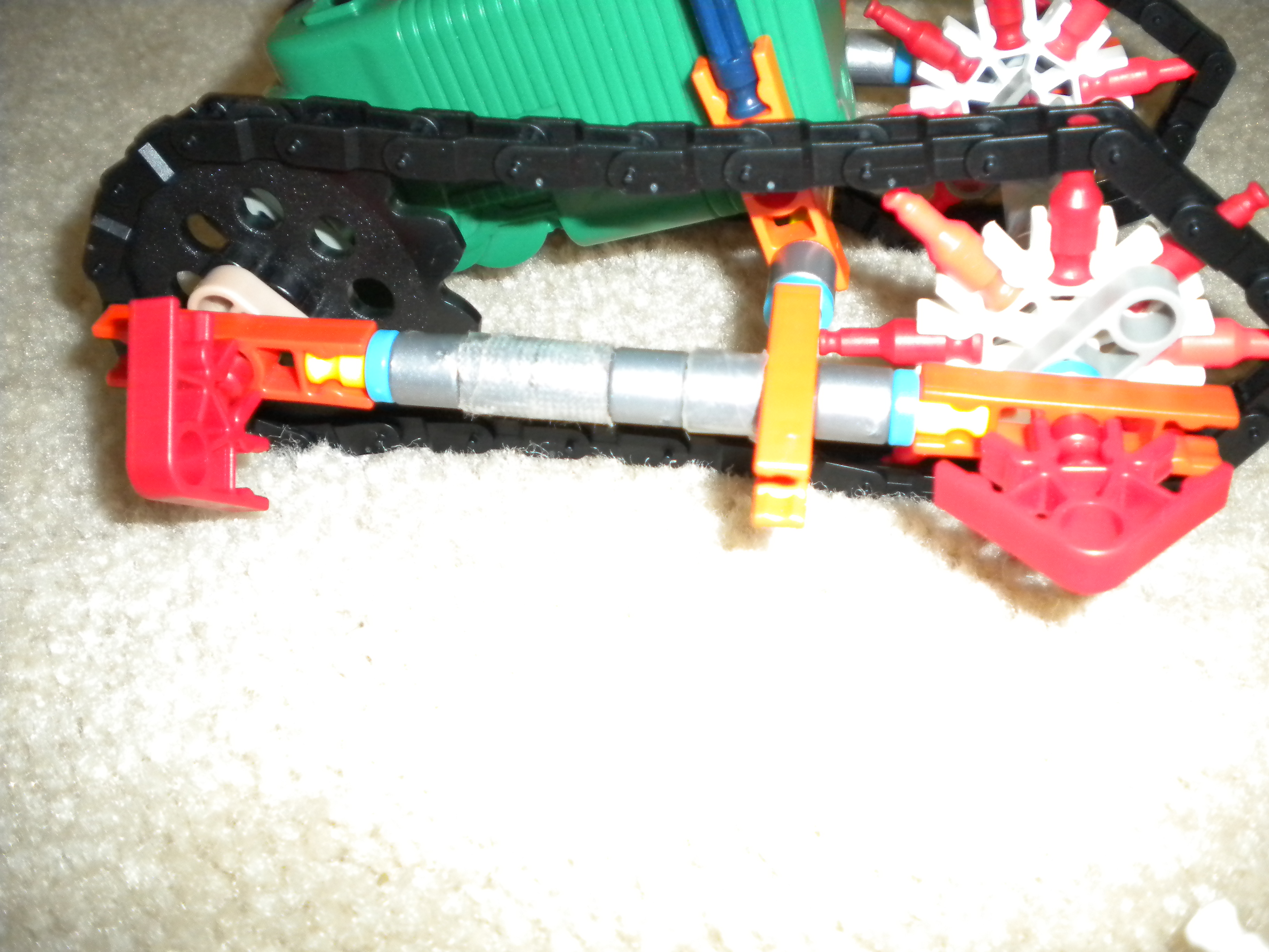 Picture of Knex Tank V2