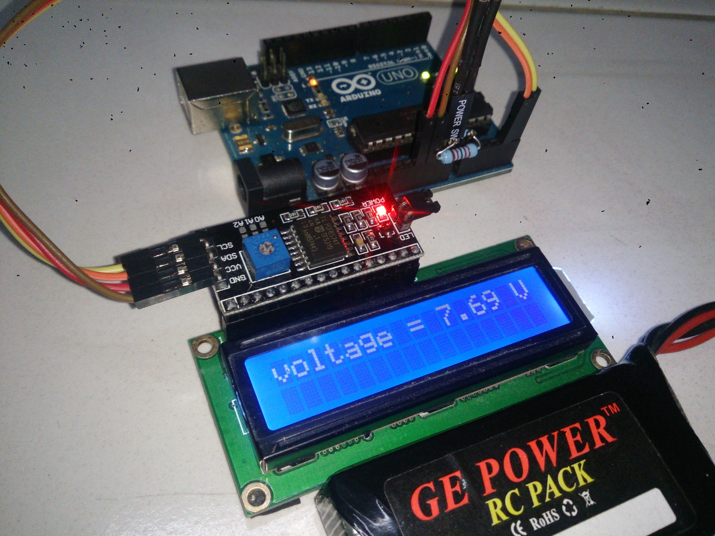 Picture of Arduino Battery Voltage Indicator