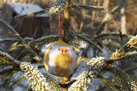 Julekuler - Knitted Christmas Balls