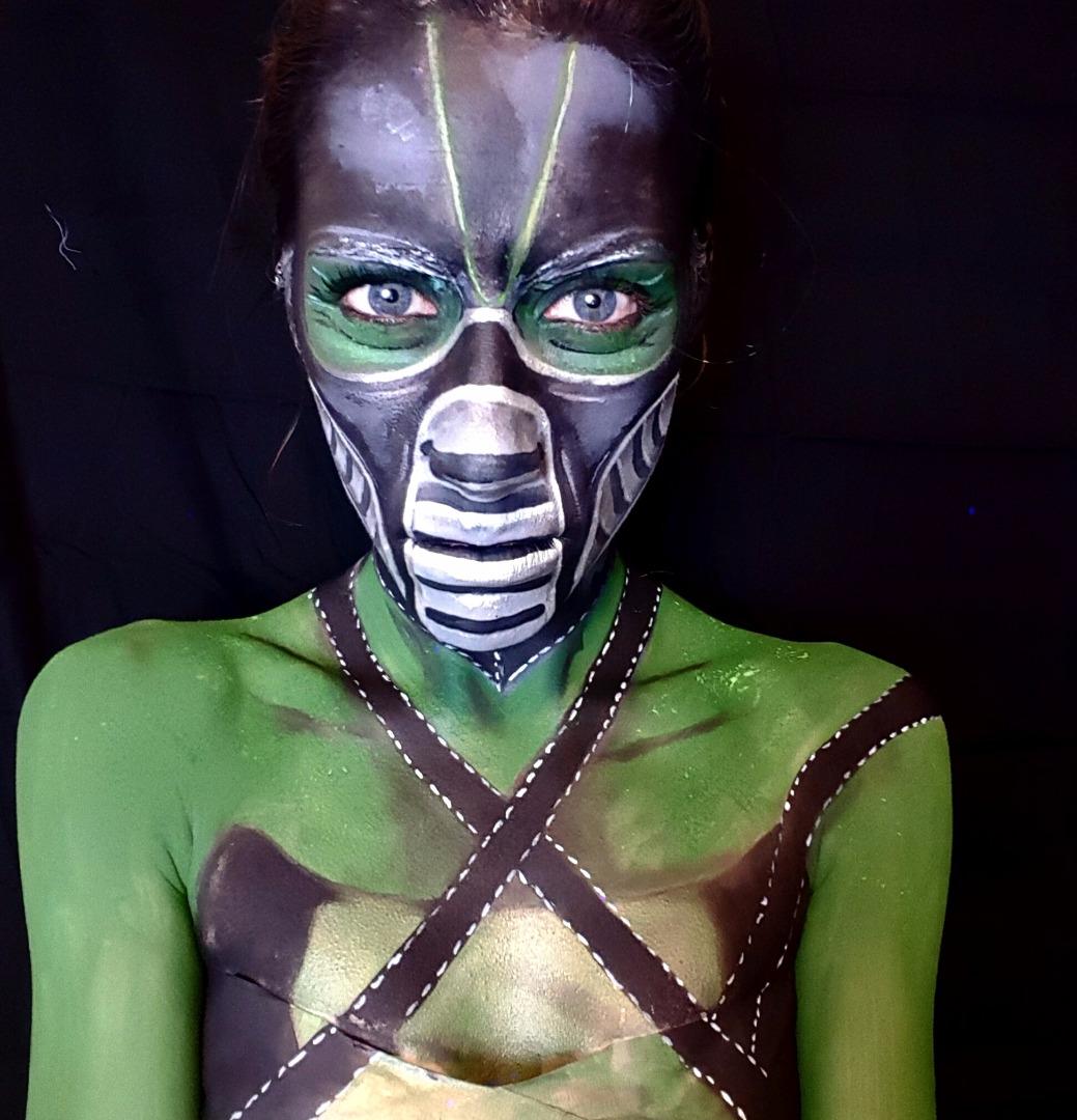 Picture of Mortal Kombat Reptile Face Paint