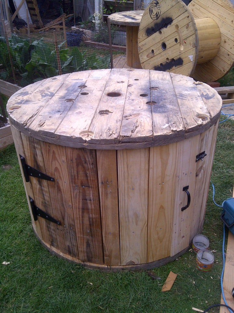 Cable Spool Duck House 7 Steps With Pictures