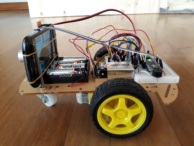Picture of Robot Car With Bluetooth, Camera and MIT App Inventor2