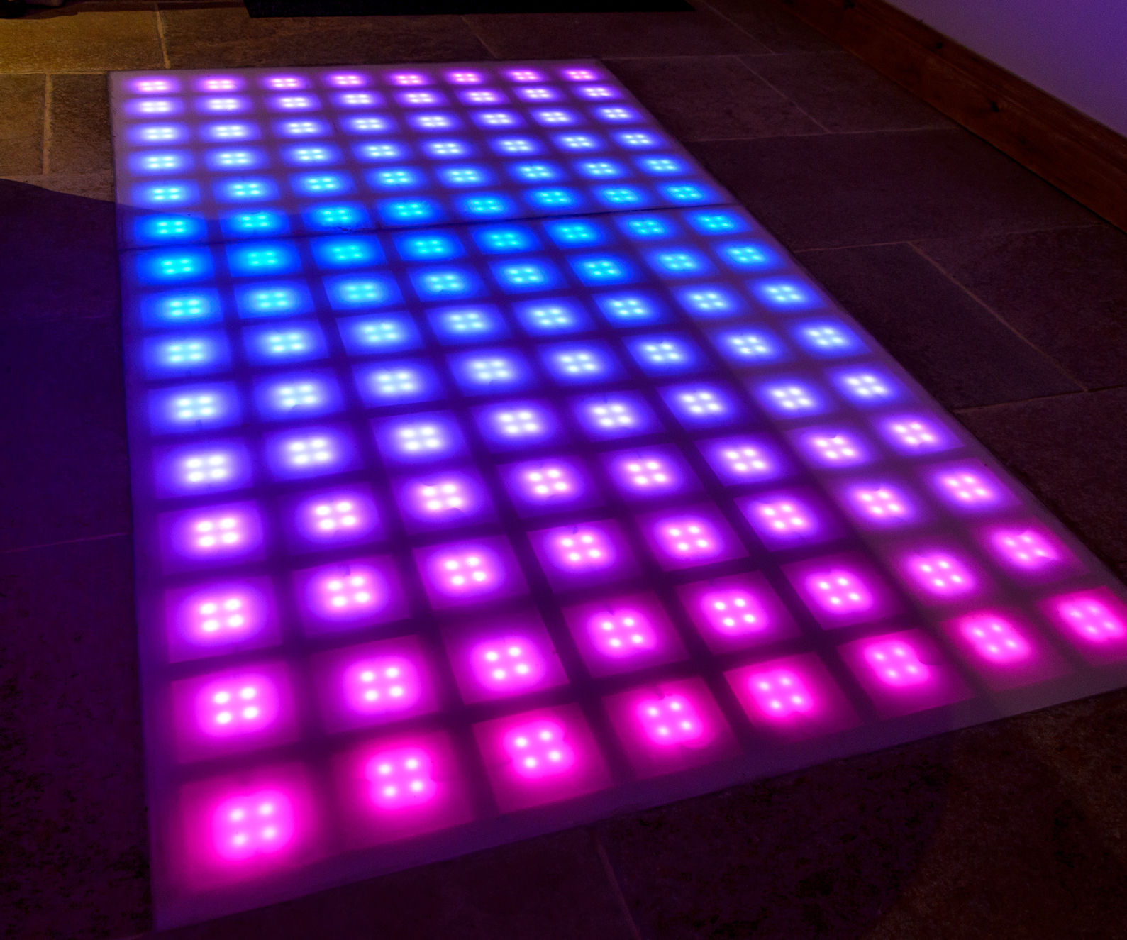 LED Disco Floor: 9 Steps (with Pictures)