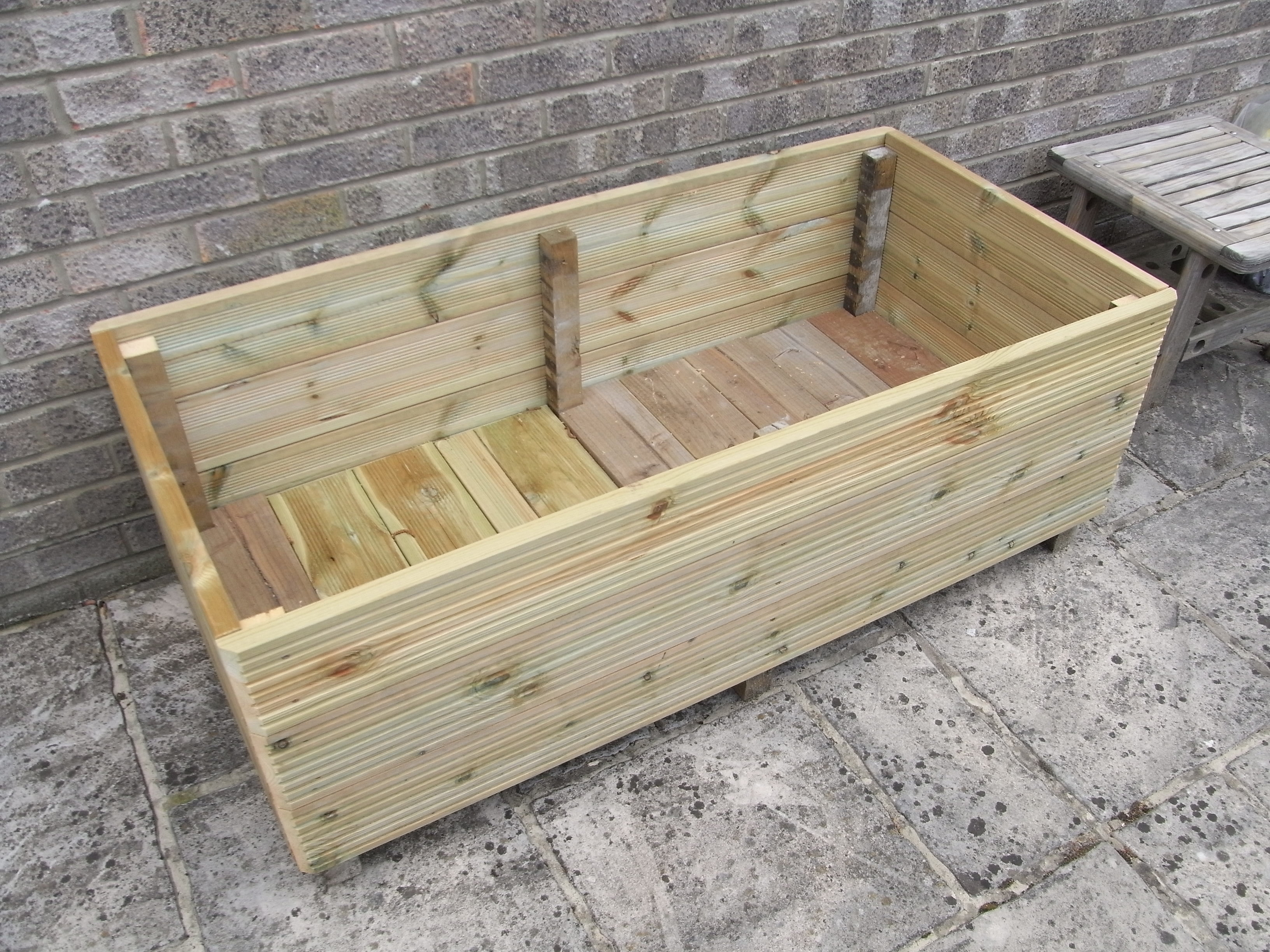 How to build a planter box for a deck - Make A Garden Planter From Decking