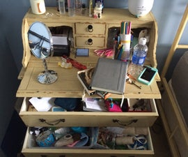 Organize a Messy Desk