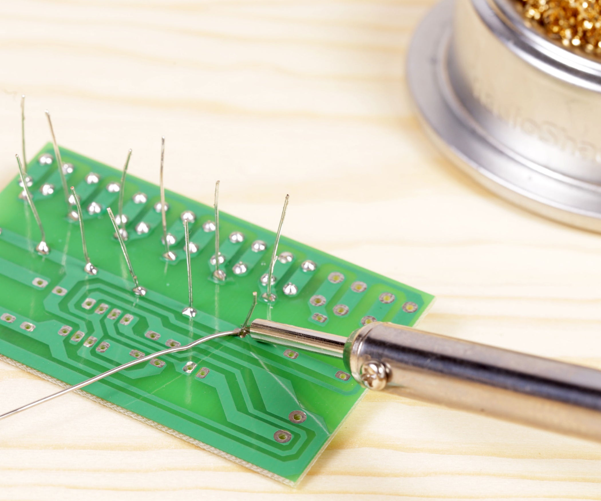 Soldering How To Solder Remove A Resistor Soldered Circuit Board
