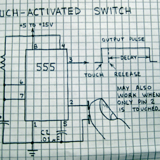 555 timer touch switch - Flickr - Photo Sharing!_1312086138386.png